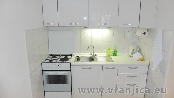 https://www.vranjica.eu/pokoje/apartman-lada-ap1-6--v-4717.jpg