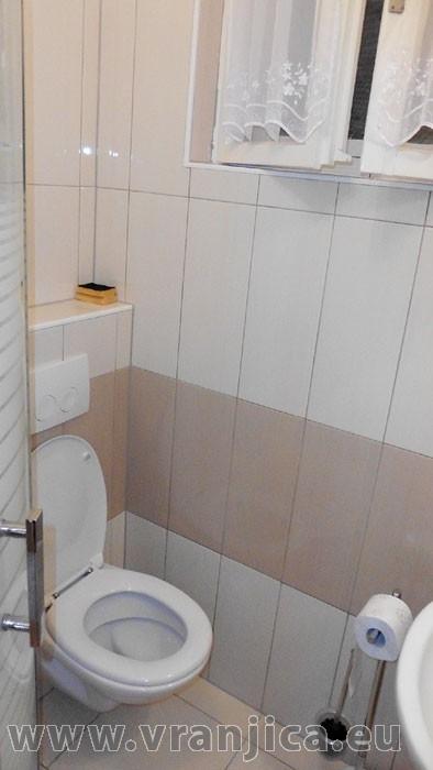 https://www.vranjica.eu/pokoje/apartman-lada-ap1-6--v-4723.jpg