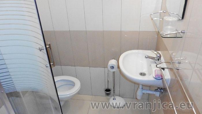 https://www.vranjica.eu/pokoje/apartman-lada-ap1-6--v-4725.jpg