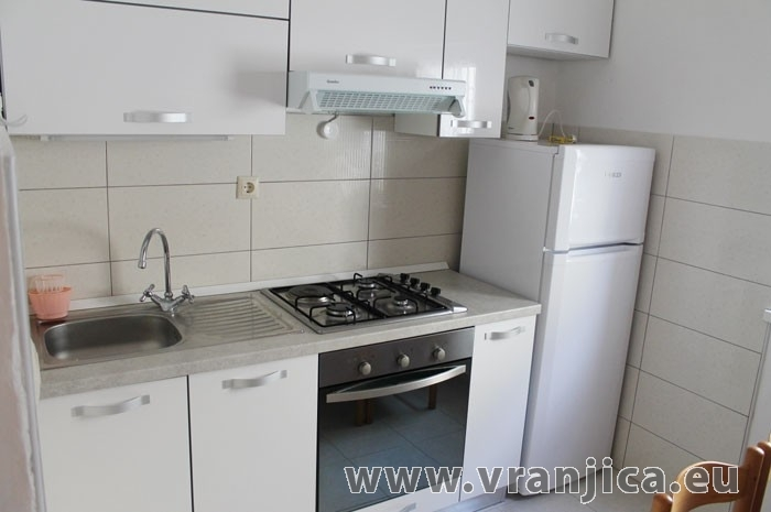 https://www.vranjica.eu/pokoje/apartman-lada-ap2-3-1--v-5552.jpg