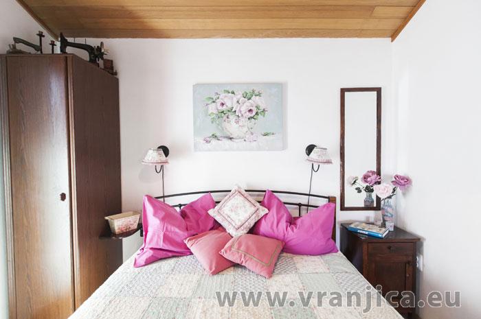https://www.vranjica.eu/pokoje/apartman-lina-ap1-4-1-1609248047L.jpg