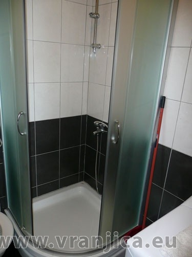 https://www.vranjica.eu/pokoje/apartman-loranum-ap1-4-2--v-3284.jpg