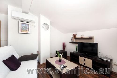 https://www.vranjica.eu/pokoje/apartman-loranum-ap2-4-2--v-3304.jpg