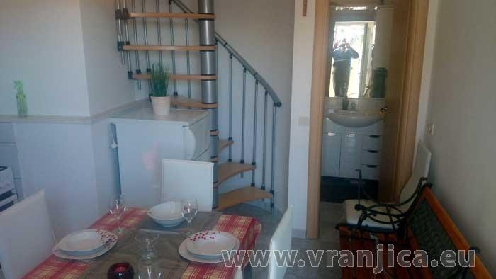 https://www.vranjica.eu/pokoje/apartman-loranum-ap3-2-2--v-5873.jpg