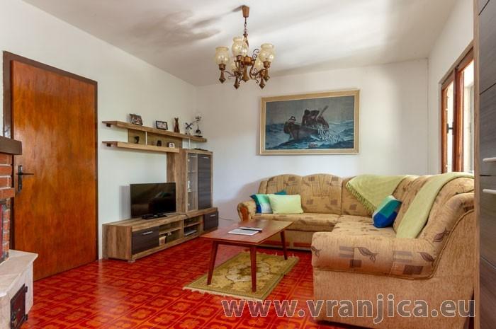 https://www.vranjica.eu/pokoje/apartman-luka-ap5-2-4--v-5770.jpg