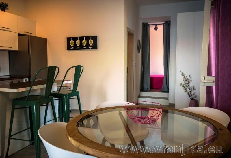https://www.vranjica.eu/pokoje/apartman-maestral-trpanj-ap2-4-1--v-7448.jpg