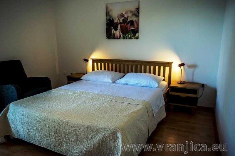 https://www.vranjica.eu/pokoje/apartman-maestral-trpanj-ap3-2-2--v-7459.jpg