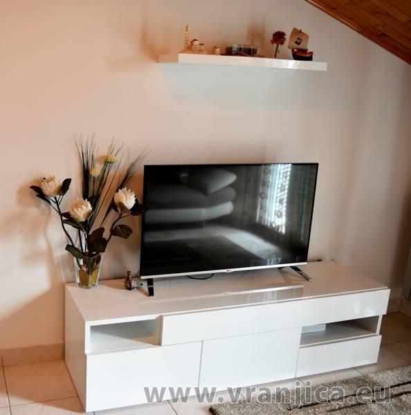 https://www.vranjica.eu/pokoje/apartman-mandaric-v-6061.jpg