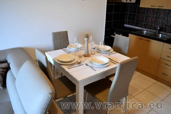 https://www.vranjica.eu/pokoje/apartman-mandaric-v-6064.jpg