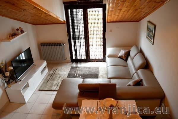 https://www.vranjica.eu/pokoje/apartman-mandaric-v-6065.jpg