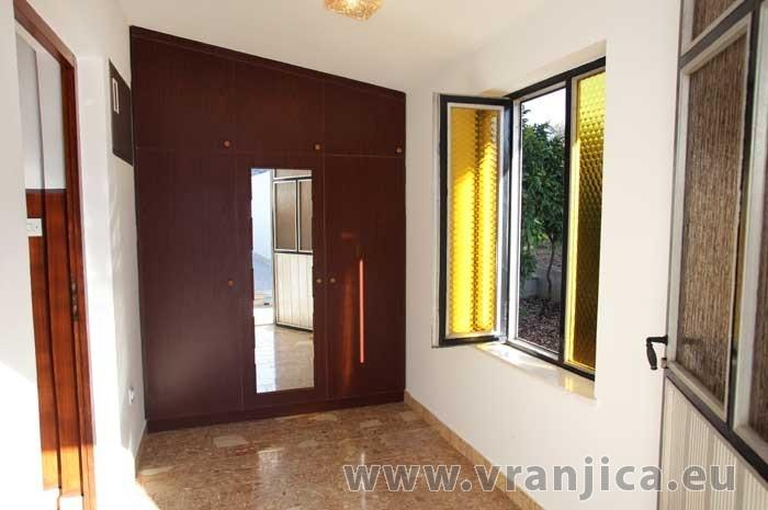 https://www.vranjica.eu/pokoje/apartman-marin-ap1-6-1--v-5797.jpg