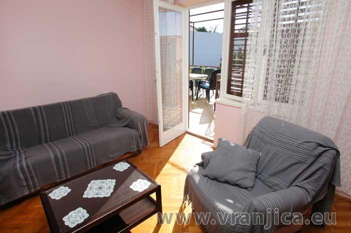 https://www.vranjica.eu/pokoje/apartman-marin-ap1-6-1--v-5805.jpg