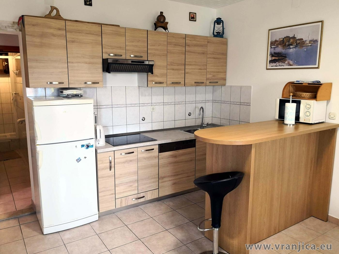 https://www.vranjica.eu/pokoje/apartman-martin-ap1-2-2-1573305071L.jpg
