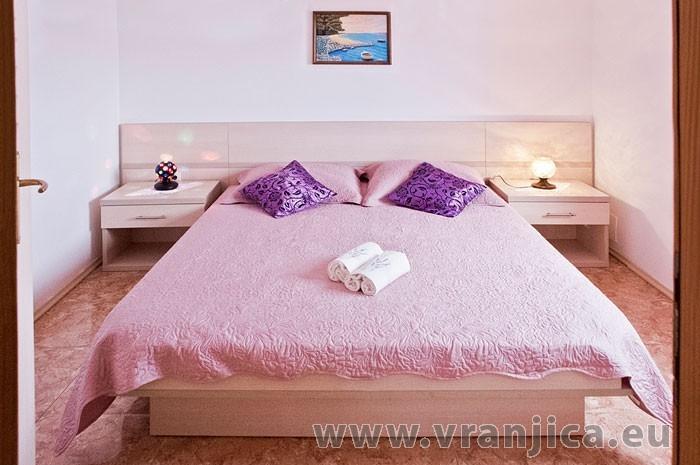 https://www.vranjica.eu/pokoje/apartman-martin-ap3-2-2--v-6363.jpg