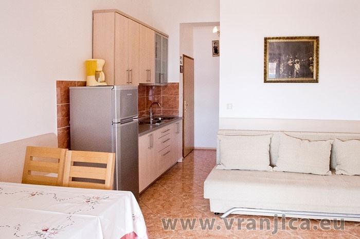https://www.vranjica.eu/pokoje/apartman-martin-ap3-2-2--v-6365.jpg