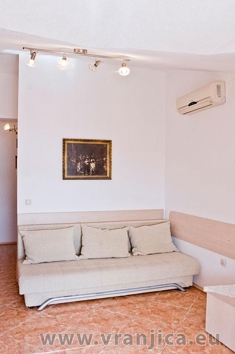 https://www.vranjica.eu/pokoje/apartman-martin-ap3-2-2--v-6367.jpg