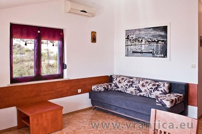 https://www.vranjica.eu/pokoje/apartman-martin-ap4-2-2--v-6392.jpg