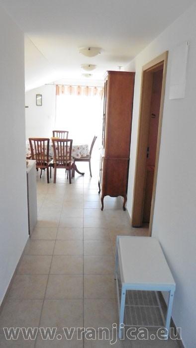 https://www.vranjica.eu/pokoje/apartman-mila-ap2-4-1--v-6459.jpg