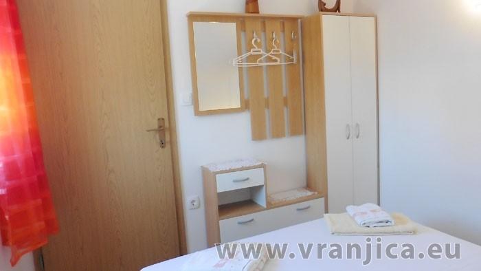 https://www.vranjica.eu/pokoje/apartman-mila-ap2-4-1--v-6462.jpg