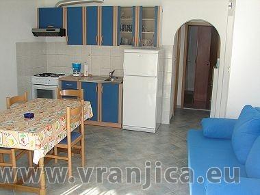 https://www.vranjica.eu/pokoje/apartman-mirko-vinisce-ap1-2-2--v-2448.jpg