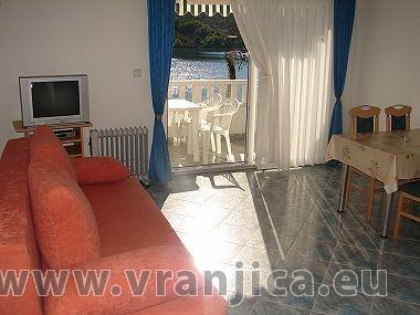 https://www.vranjica.eu/pokoje/apartman-mirko-vinisce-ap4-2-1--v-2470.jpg
