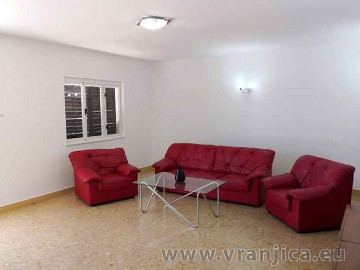 https://www.vranjica.eu/pokoje/apartman-paulina-ap1-6-1624917972L.jpg