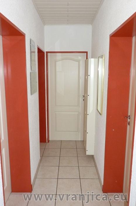 https://www.vranjica.eu/pokoje/apartman-pigo-ap3-4-2--v-4326.jpg