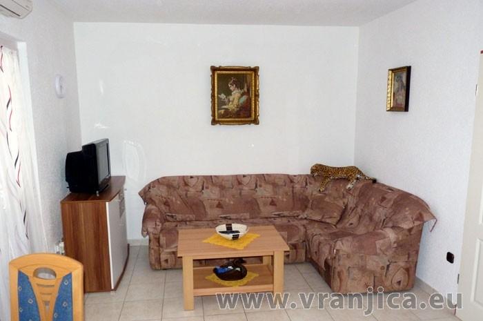 https://www.vranjica.eu/pokoje/apartman-pigo-ap3-4-2--v-4331.jpg