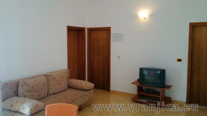 https://www.vranjica.eu/pokoje/apartman-radacic-ap2-4-2--v-2561.jpg