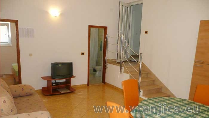 https://www.vranjica.eu/pokoje/apartman-radacic-ap2-4-2--v-2888.jpg