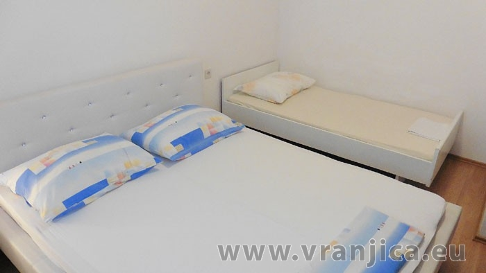 https://www.vranjica.eu/pokoje/apartman-sain-ap1-5-2--v-6242.jpg