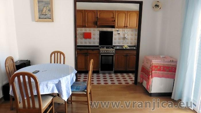 https://www.vranjica.eu/pokoje/apartman-sain-ap3-4-2--v-6269.jpg