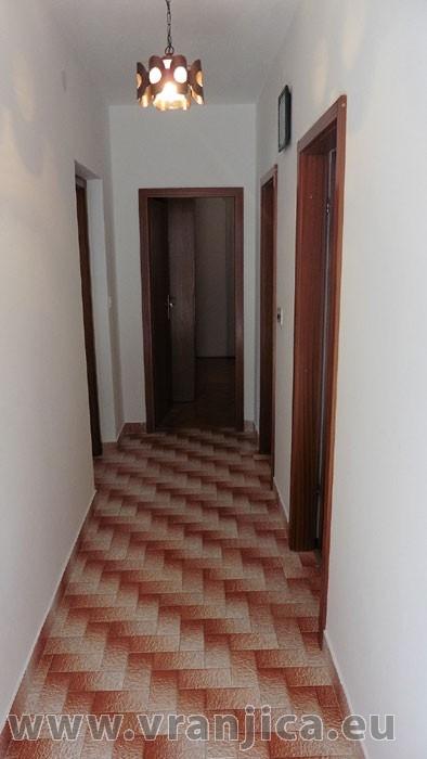https://www.vranjica.eu/pokoje/apartman-sain-ap3-4-2--v-6273.jpg