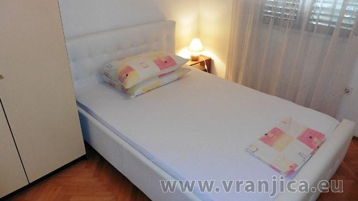 https://www.vranjica.eu/pokoje/apartman-sain-ap3-4-2--v-6274.jpg