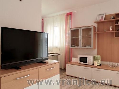 Chorvatcko Apartmán SKORO - VINIŠČE AP2 (4+2) AP1 (4+2)