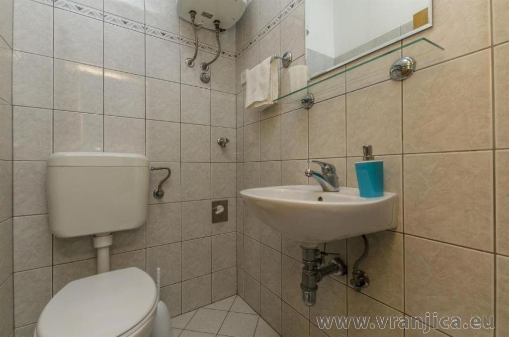 https://www.vranjica.eu/pokoje/apartman-sole-ap1-4-2-1626206239L.jpg