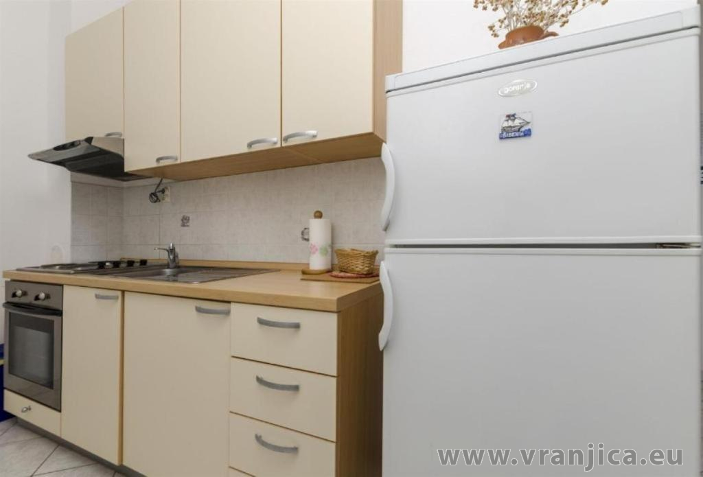 https://www.vranjica.eu/pokoje/apartman-sole-ap1-4-2-1626206273L.jpg