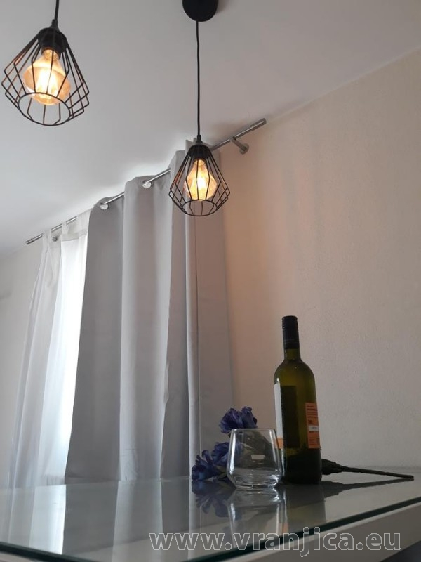 https://www.vranjica.eu/pokoje/apartman-tamaris-ap1-4--v-7419.jpg