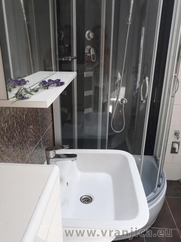 https://www.vranjica.eu/pokoje/apartman-tamaris-ap1-4--v-7421.jpg