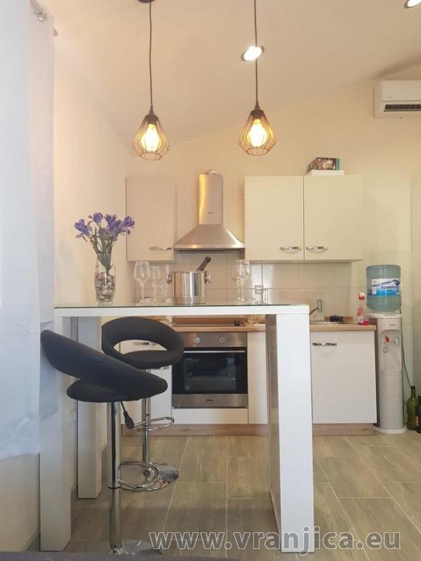 https://www.vranjica.eu/pokoje/apartman-tamaris-ap1-4--v-7425.jpg