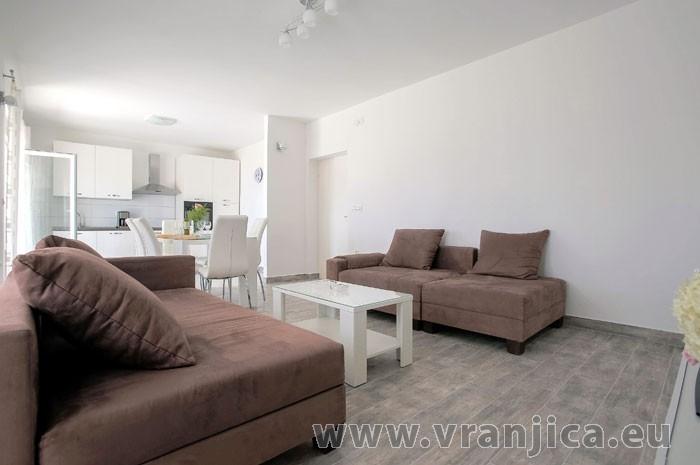 https://www.vranjica.eu/pokoje/apartman-tesija-ap1-4-1--v-6115.jpg