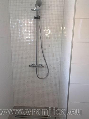 https://www.vranjica.eu/pokoje/apartman-tica-ap1-6-1--v-5303.jpg