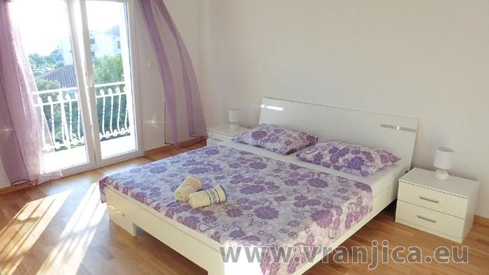 https://www.vranjica.eu/pokoje/apartman-tica-ap1-6-1--v-5477.jpg