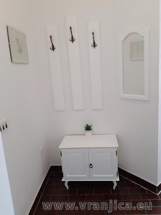 https://www.vranjica.eu/pokoje/apartman-tomislav-ap1-4-1-1611756372L.jpg