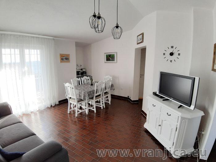https://www.vranjica.eu/pokoje/apartman-tomislav-ap1-4-1-1611756511L.jpg