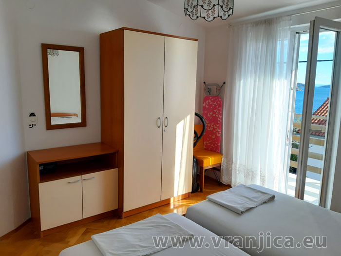 https://www.vranjica.eu/pokoje/apartman-tomislav-ap1-4-1-1611756576L.jpg