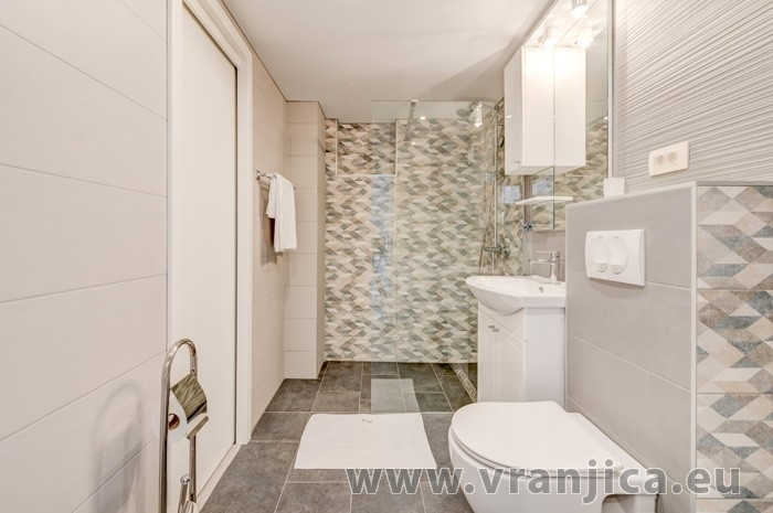 https://www.vranjica.eu/pokoje/apartman-val-ap1-4-2-mimice-chorvatsko-v-7642.jpg