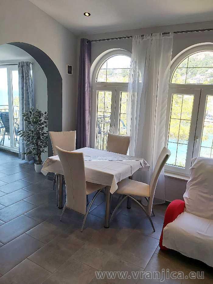 https://www.vranjica.eu/pokoje/apartman-val-ap1-studio-2-2-1610536251L.jpg