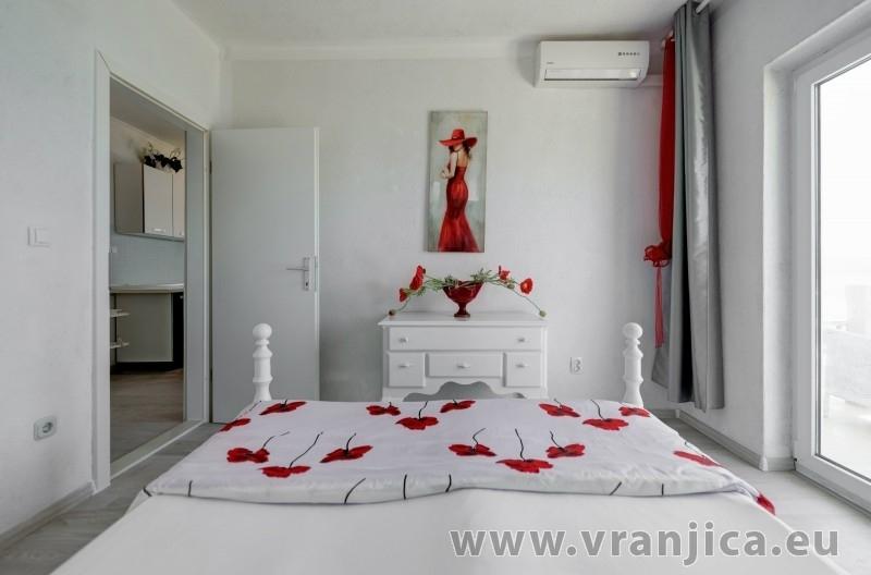 https://www.vranjica.eu/pokoje/apartman-val-ap7-4-mimice-chorvatsko-v-6033.jpg