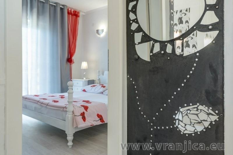 https://www.vranjica.eu/pokoje/apartman-val-ap7-4-mimice-chorvatsko-v-6034.jpg